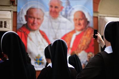 POPE-master675.jpg