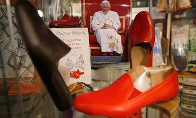 Pope-Benedict-XVIs-famous-010.jpg